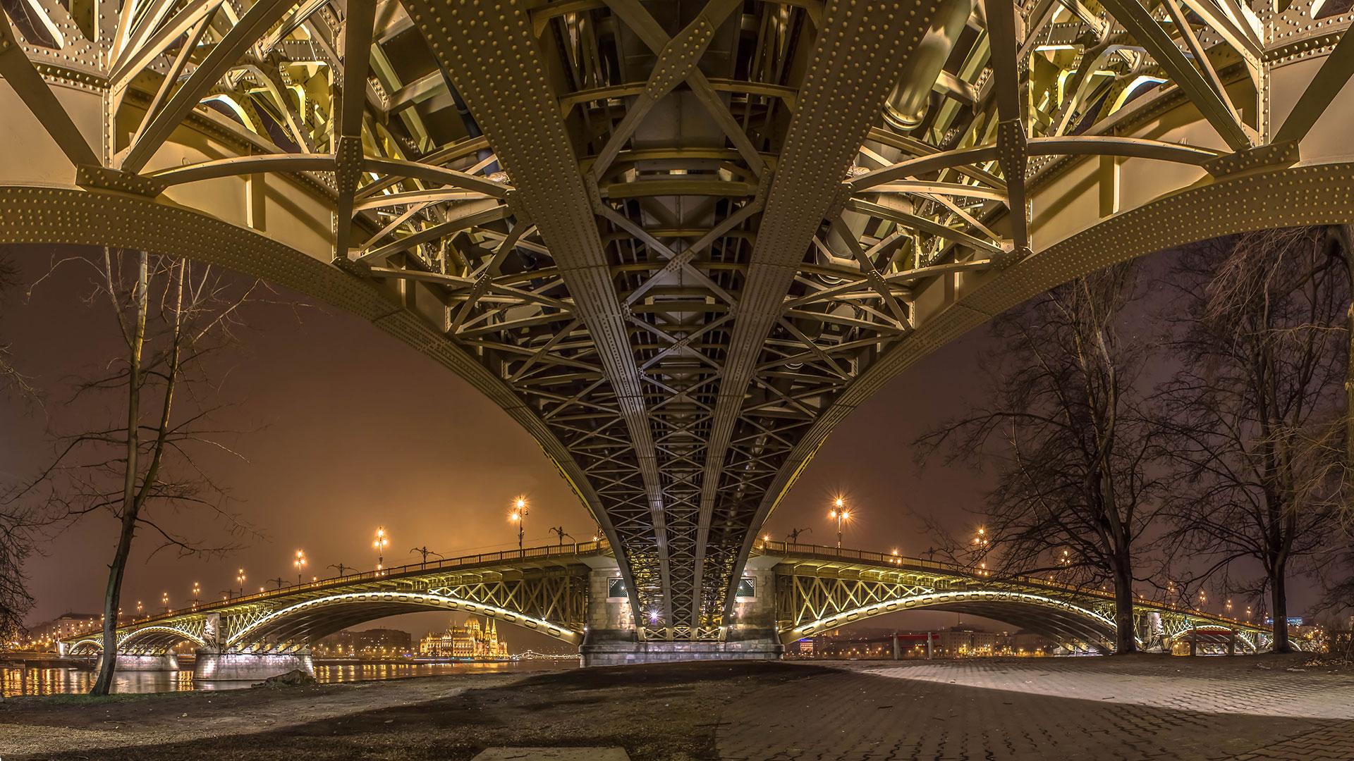 Budapest Margit híd panoráma fényképe.