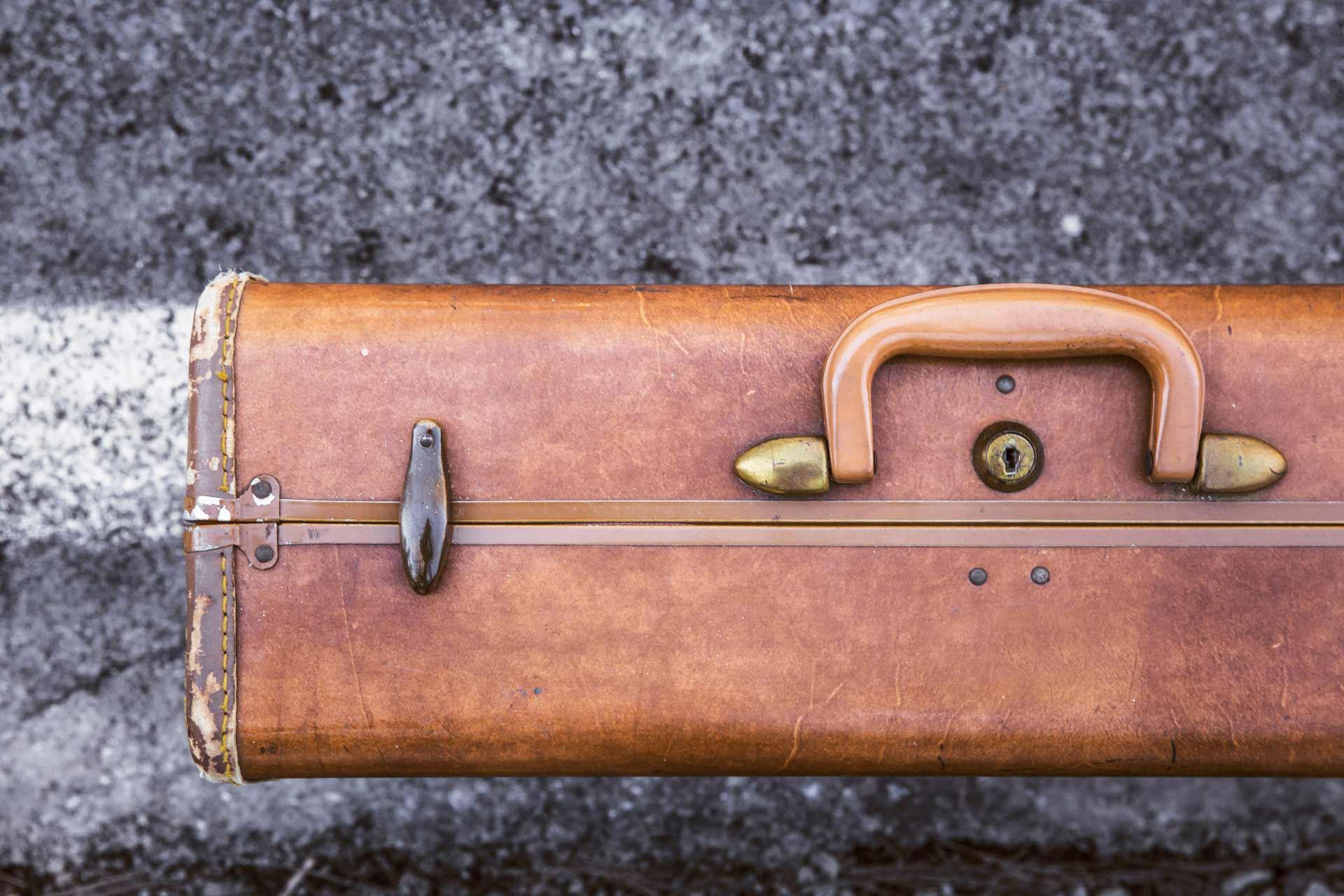 Airbnb lakásainkba utazóbőrönddel érkeznek a vendégek.